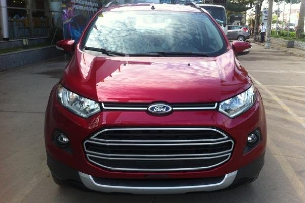 Ford EcoSport 2017 front view