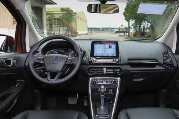 Ford EcoSport 2018 dashboard area