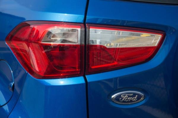 Ford EcoSport 2018 taillight