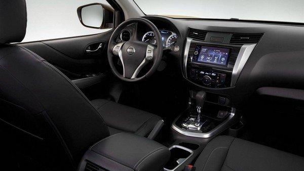 Nissan Terra 2018 interior