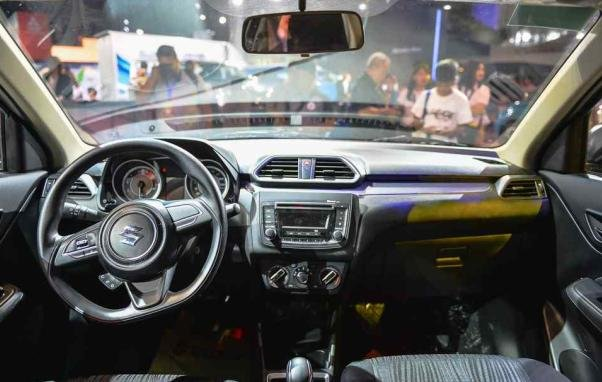 Suzuki Swift Dzire 2018 dashboard area