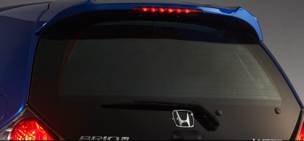 Honda Brio 2018 rear windscreen