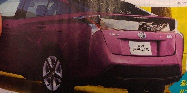 Toyota Prius 2018 facelift angular rear