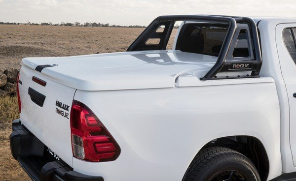 Toyota Hilux Rogue 2018 bed