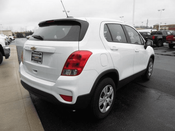 The angular rear of The Chevrolet Trax 2018