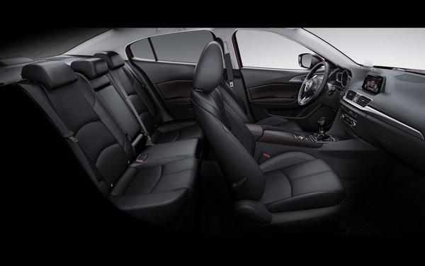 Mazda 3 2018 seating