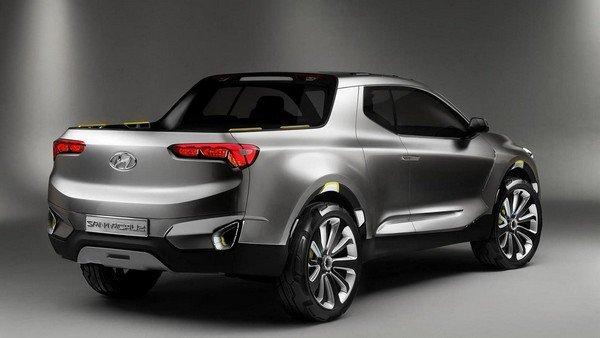 Hyundai Santa Cruz angular rear