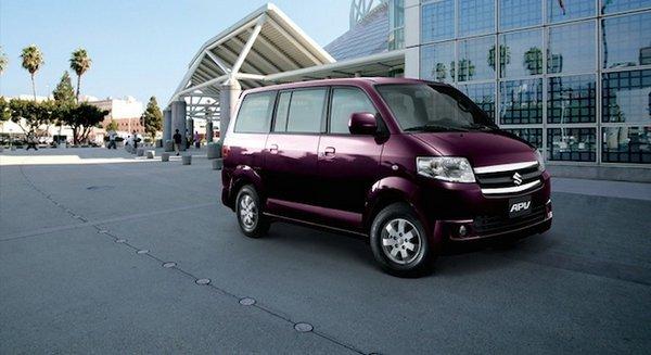 2018 Suzuki APV exterior