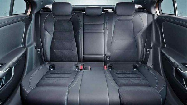 Mercedes-Benz A-Class Sedan L 2019 rear seats