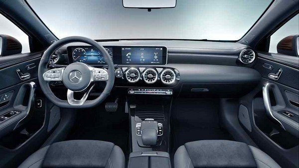Mercedes-Benz A-Class Sedan L 2019 dashboard area