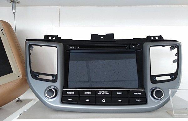Touchscreen upgrade for the 2018 hyundai Tucson