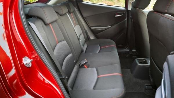 Mazda 2 2018 seating