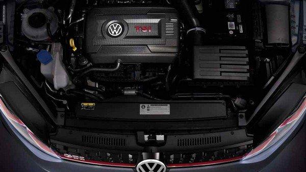 Volkswagen Golf GTI TCR 2019 engine