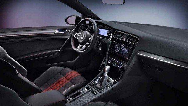 Volkswagen Golf GTI TCR 2019 interior