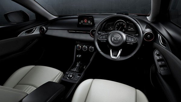 Mazda CX-3 2018 dashboard area