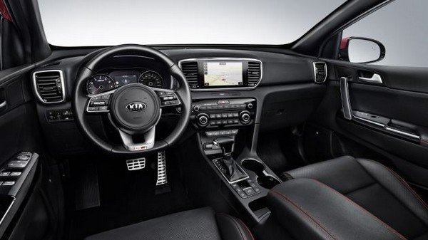 Interior dashboard of Kia Sportage 2018