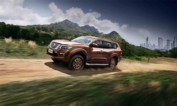 Nissan Terra 2018 on the road