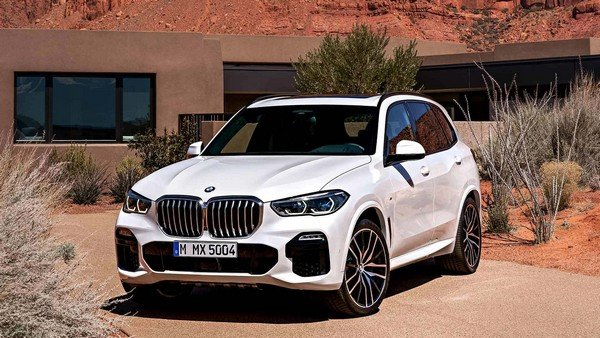BMW X5 2019 front view