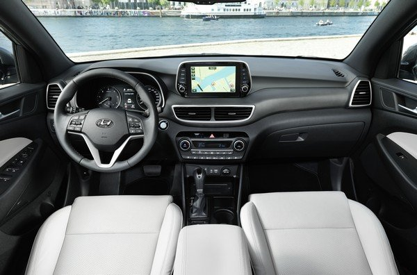 Hyundai Tucson 2019 facelift dashboard area
