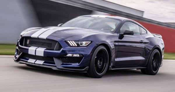 Ford Mustang Shelby GT350 2019 angular front