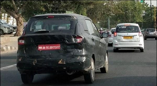 Spied Suzuki Ertiga 2018 rear view