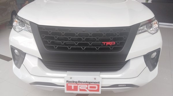 2018 toyota fortuner philippines front grille