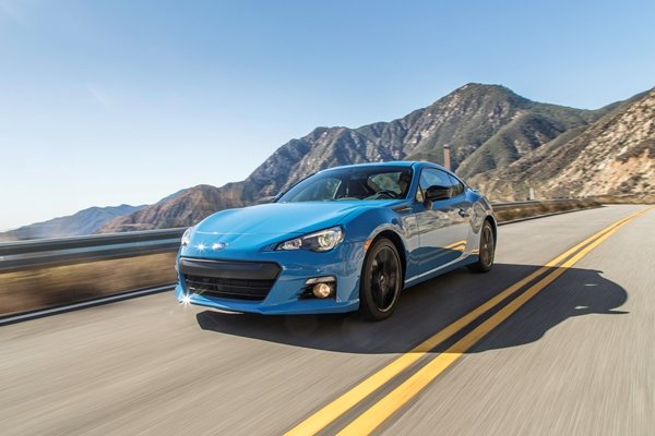 Subaru BRZ 2.0 MT on the road