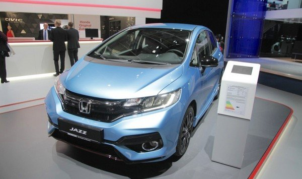 Honda Jazz 2018 facelift look