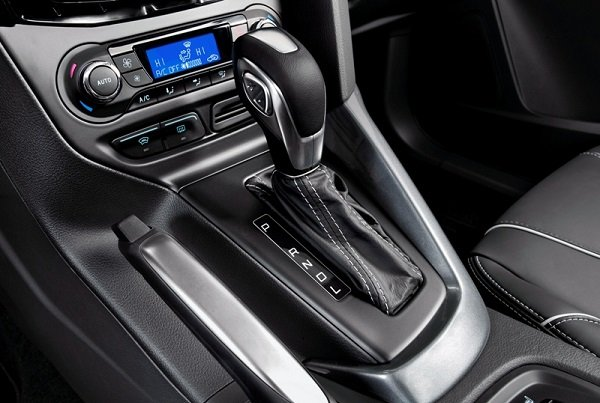 Dual clutch automatic Transmission gearshift