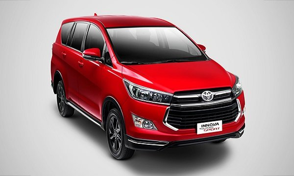 Toyota Innova 2.8 Touring Sport Diesel AT 2018 angular front