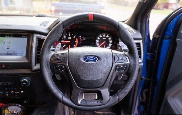 Ford Ranger Raptor 2018 steering wheel