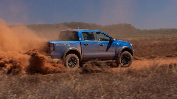 Ford Ranger Raptor 2018 running on road