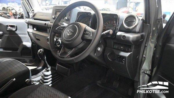 Suzuki Jimny 2019 dashboard area