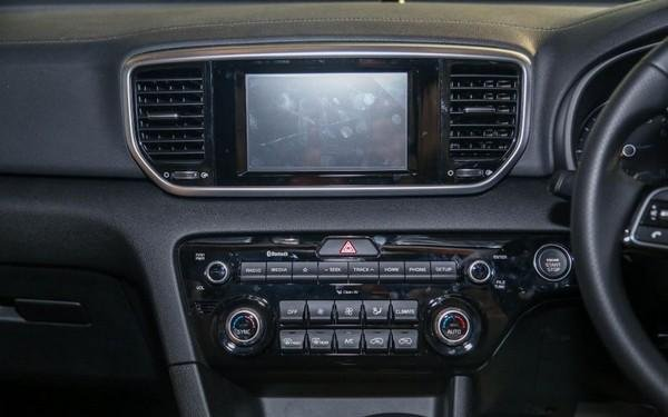 Kia Sportage 2018 facelift dashboard