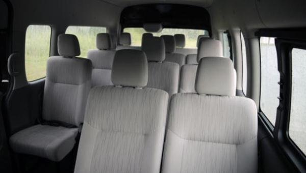Nissan Urvan 2018 interior