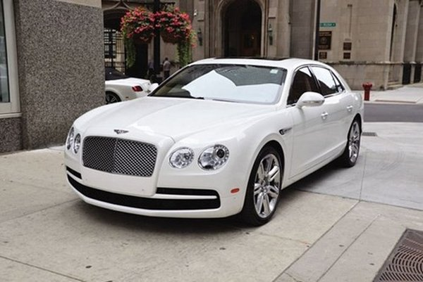 angular front of the Bentley Flying Spur V8