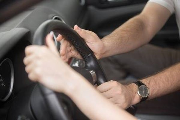 hard steering wheel