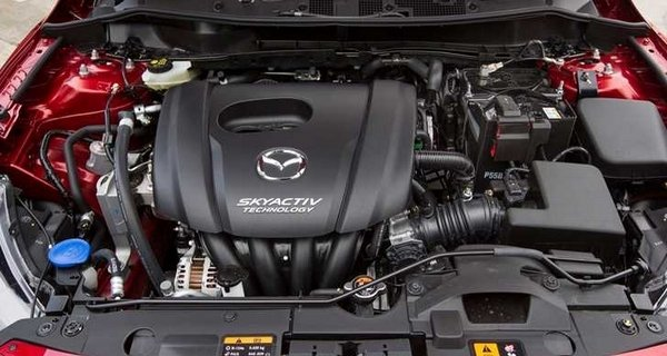 mazda 2 engine bay