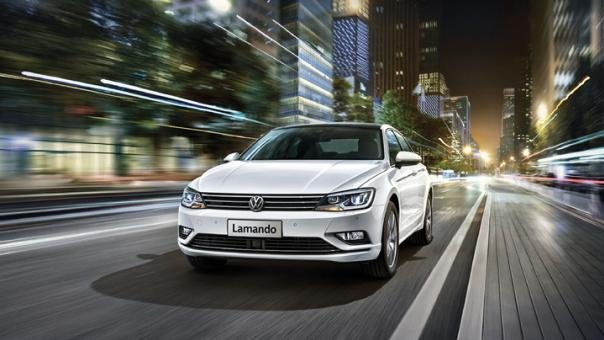 Volkswagen Lamando 2018 on the road