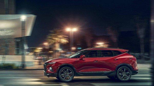 Chevrolet Blazer 2019 on the road