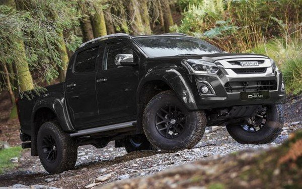 Isuzu D-Max Arctic Trucks AT35 angular front