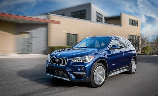 bmw x1 2018 on the road