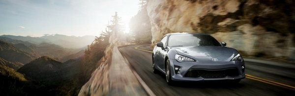 toyota 86 on the road