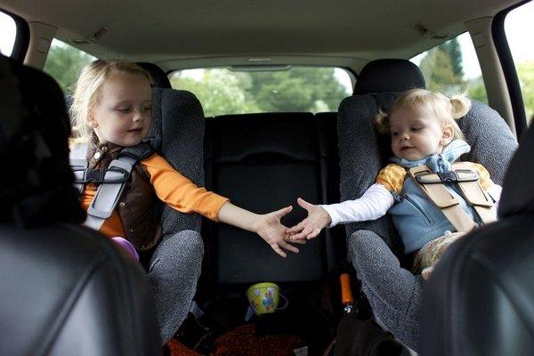 children in car