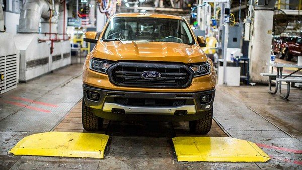 Ford Ranger 2019 front view