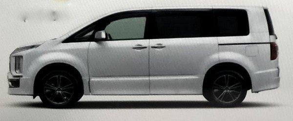 Spied Mitsubishi Delica D:5 2019 side view