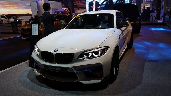 BMW M2 angular front