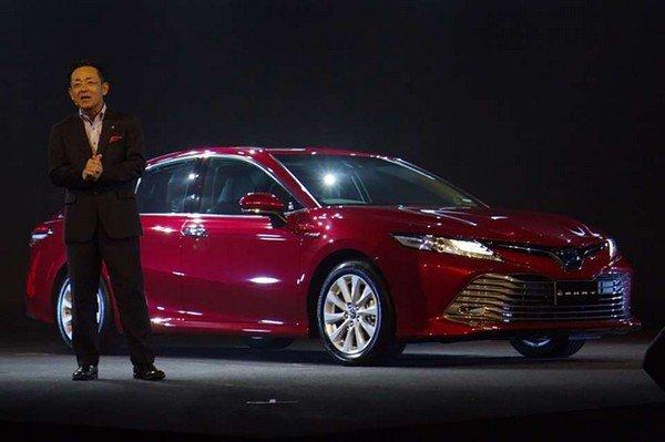 Toyota Camry 2019 angular front