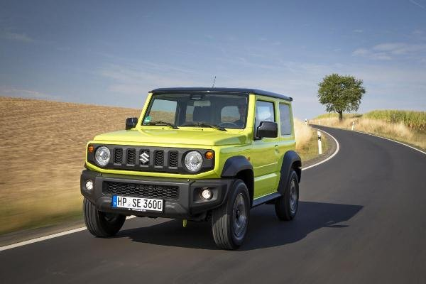 2019 suzuki jimny on the road