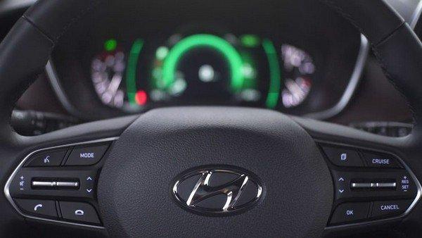 Hyundai Santa Fe 2019 steering wheel
